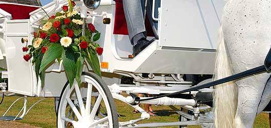 Schmuck Hochzeitsgefährt - Heirat Berlin