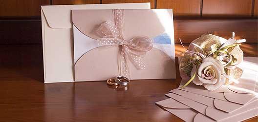Hochzeitspapeterie für vor und nach der Hochzeit